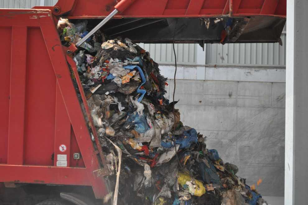 Przetarg na dostawę śmieciarek